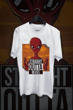 Straight outta mars red alien bijela